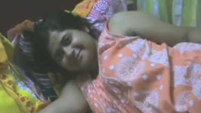 Sexy Indian Wife Showing Her..