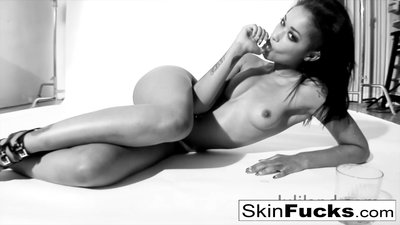 Skin Diamond playing with..