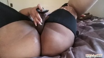 Naughty Girl Pussy Play