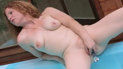 PAWG RED HEAD SLUT USES..