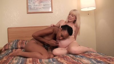 HOT EBONY SLUT LICKS AND..