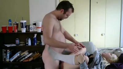 CUMMING IN HOOKERS PUSSY