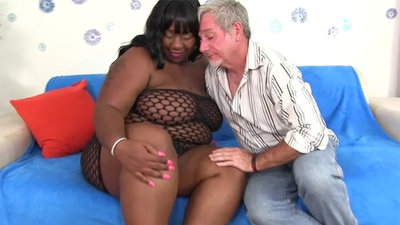 BBW black chick mating with..