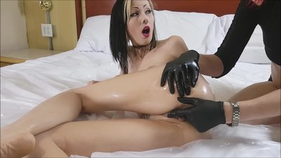 Oiled Up Deep Pussy Massage..
