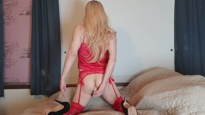 CROSSDRESSER Fucking My..