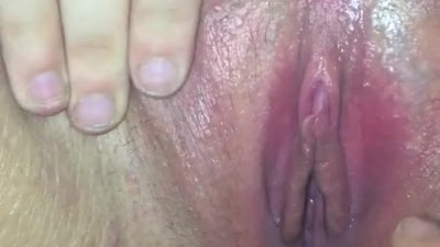 Cream pie for a cuck to eat