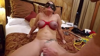 MILF Squirting, Fisting,..