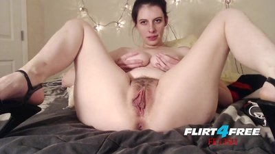Barbie Wolf on Flirt4Free..